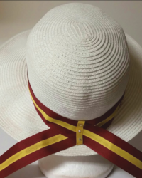 CEREMONIAL STRAW HAT WITH SCHOOL ALUMNAE COLOR BAND